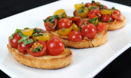 Classic tomato bruscetta