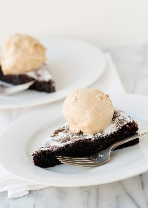 Wednesday's Specials: Coffe Ice Cream and Chocolate Cake