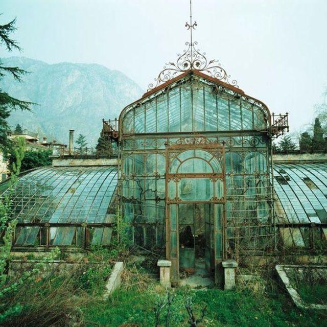 Inspiration: 6 Most Beautiful Photos of Abandoned ... - photo#11